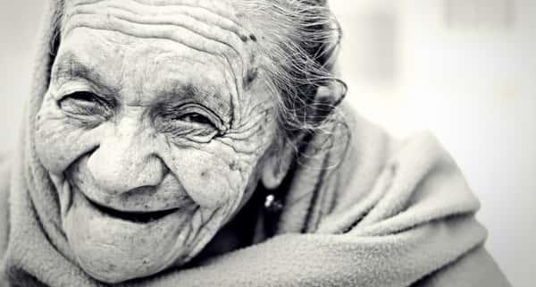 Sonhar com avó que já morreu