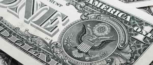 Sonhar com dinheiro de papel