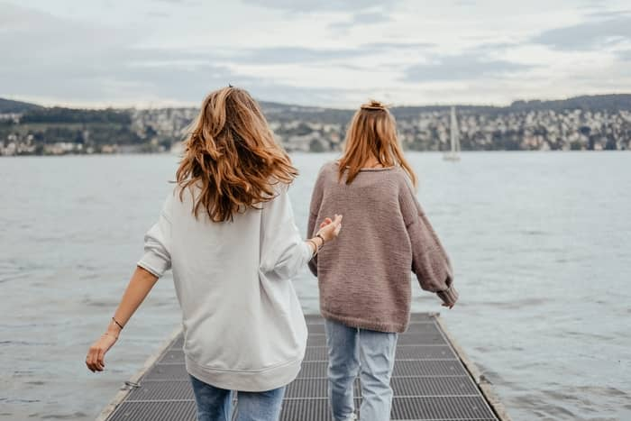 Qual o significado de sonhar com uma ex amiga