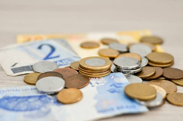 Notas e moedas