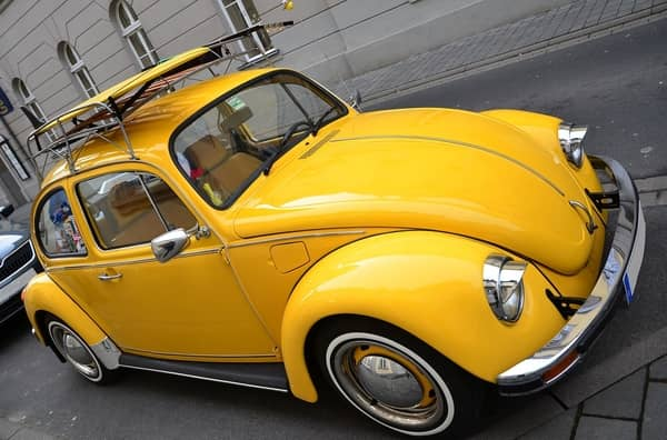 Fusca amarelo