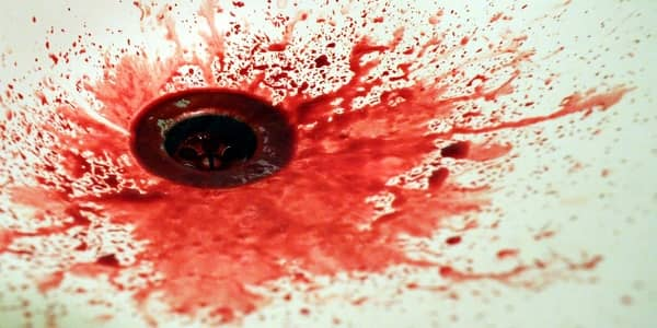 Sonhar cuspindo sangue