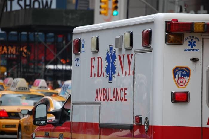 Sonhar com ambulância pode ser negativo para a minha vida?