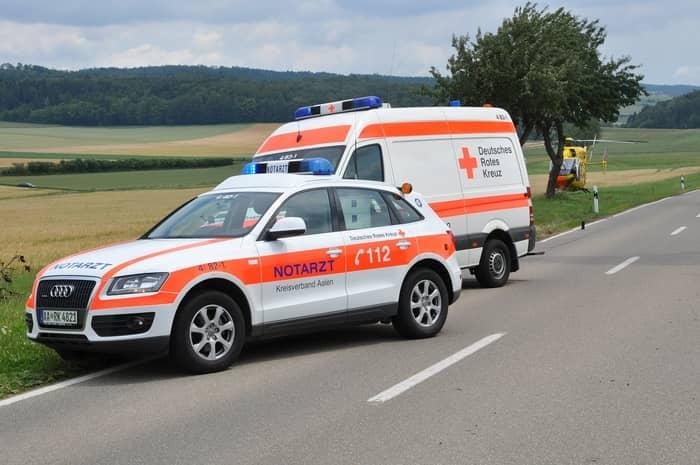 Qual é o significado de sonhar com uma ambulância?