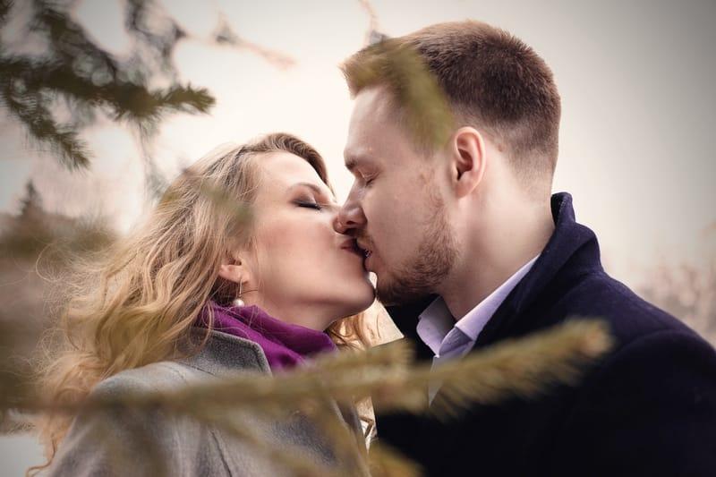 Sonhar com beijo no Jogo do Bicho